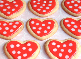 Polka-Dot-Heart-Cookies-photo-280x206-cindy-littlefield-A